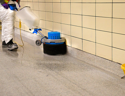 To clean 40 km of baseboard